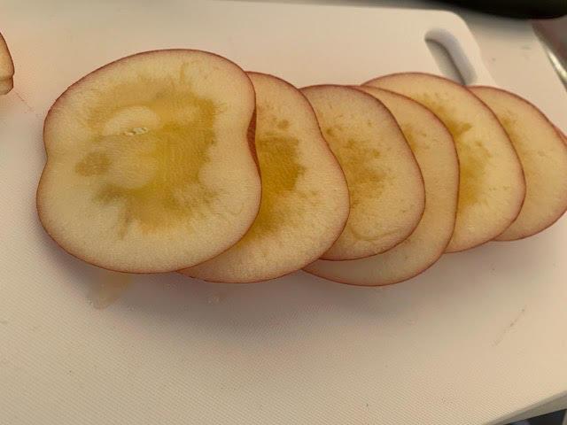 縦切りリンゴ